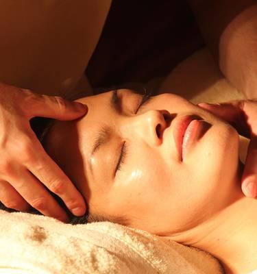 Massage avec les produits Api'sens