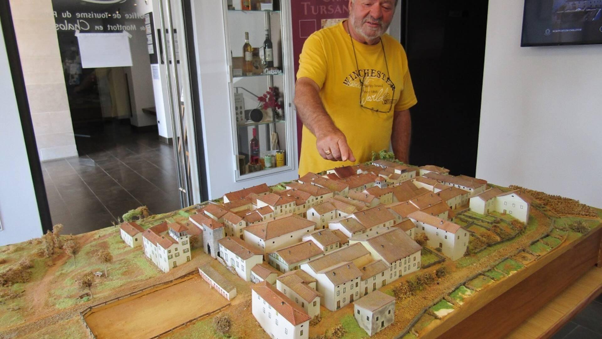 The Bastide of Montfort-en-Chalosse