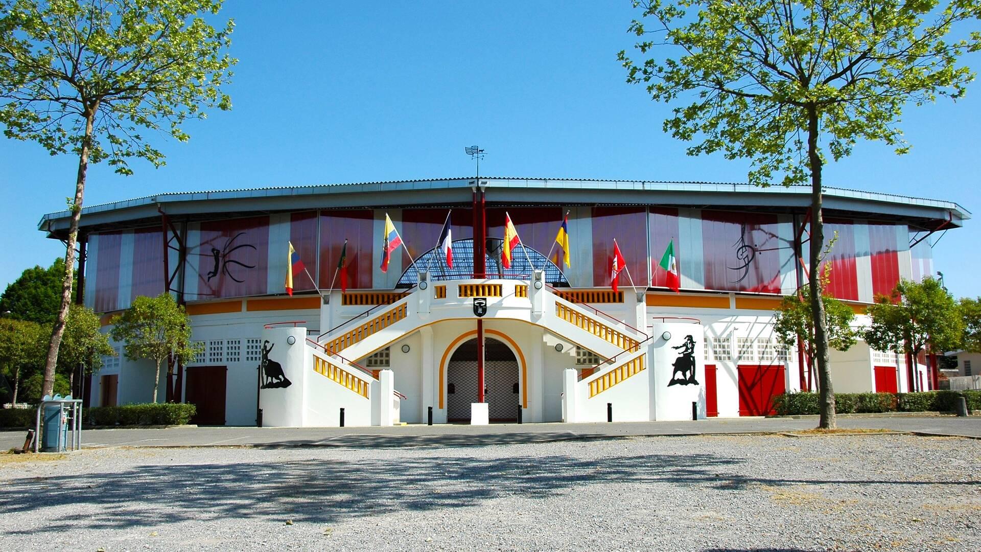 Arènes de Pomarez, chef lieu de la course landaise