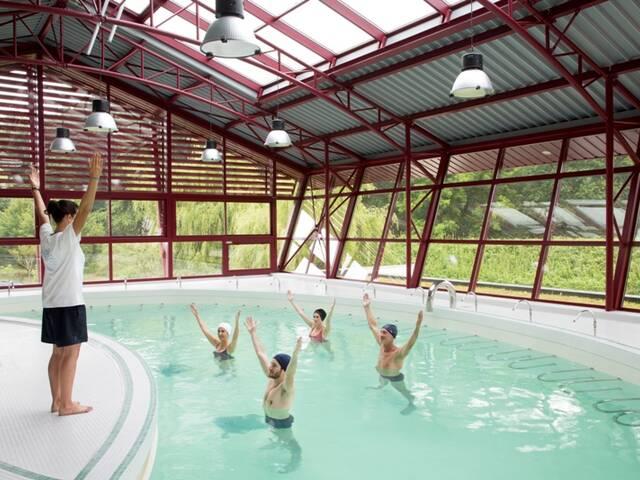 Piscine thermale à Préchacq-les-Bains
