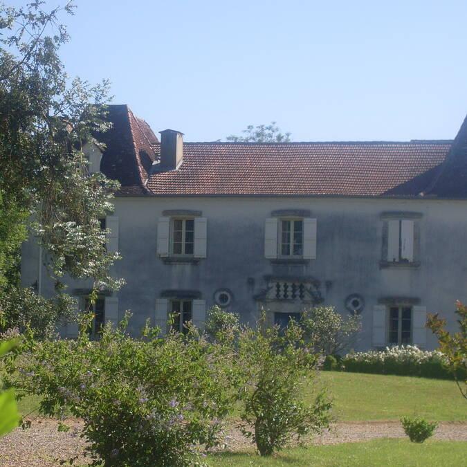 Château de Beyries et ses 9 cheminées