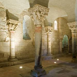 Hagetmau, sports centre, lots of flowers and the Crypt of Saint Girons